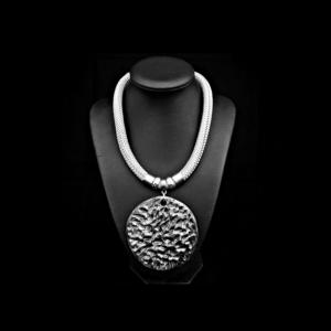 necklace macon